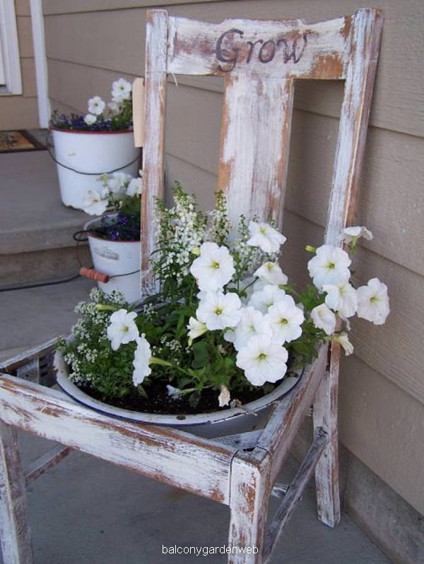 chair-planter-10