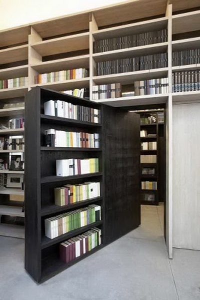 Shelving-books-as-a-space-divider