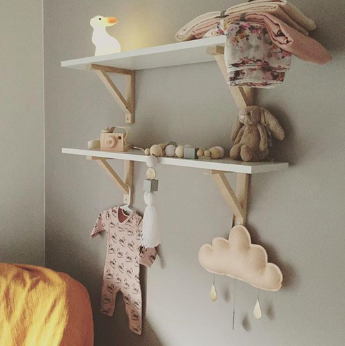 Ekby-shelf.png
