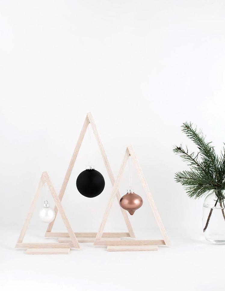 DIY-Mini-Wood-Christmas-Trees12