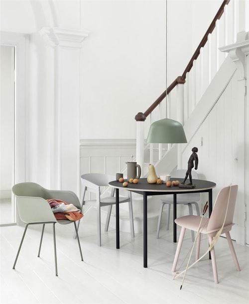 basetableo110-fiberchair-nerdchair-coverchair-ambitlamp-pushjug-pushmug-crushed-med-res-1442497011