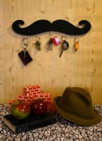 mustache-key-holder